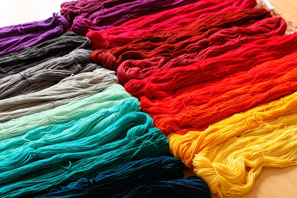custom-dyed-skeins.jpg