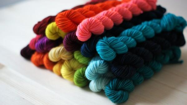 A Rainbow of Minis!
